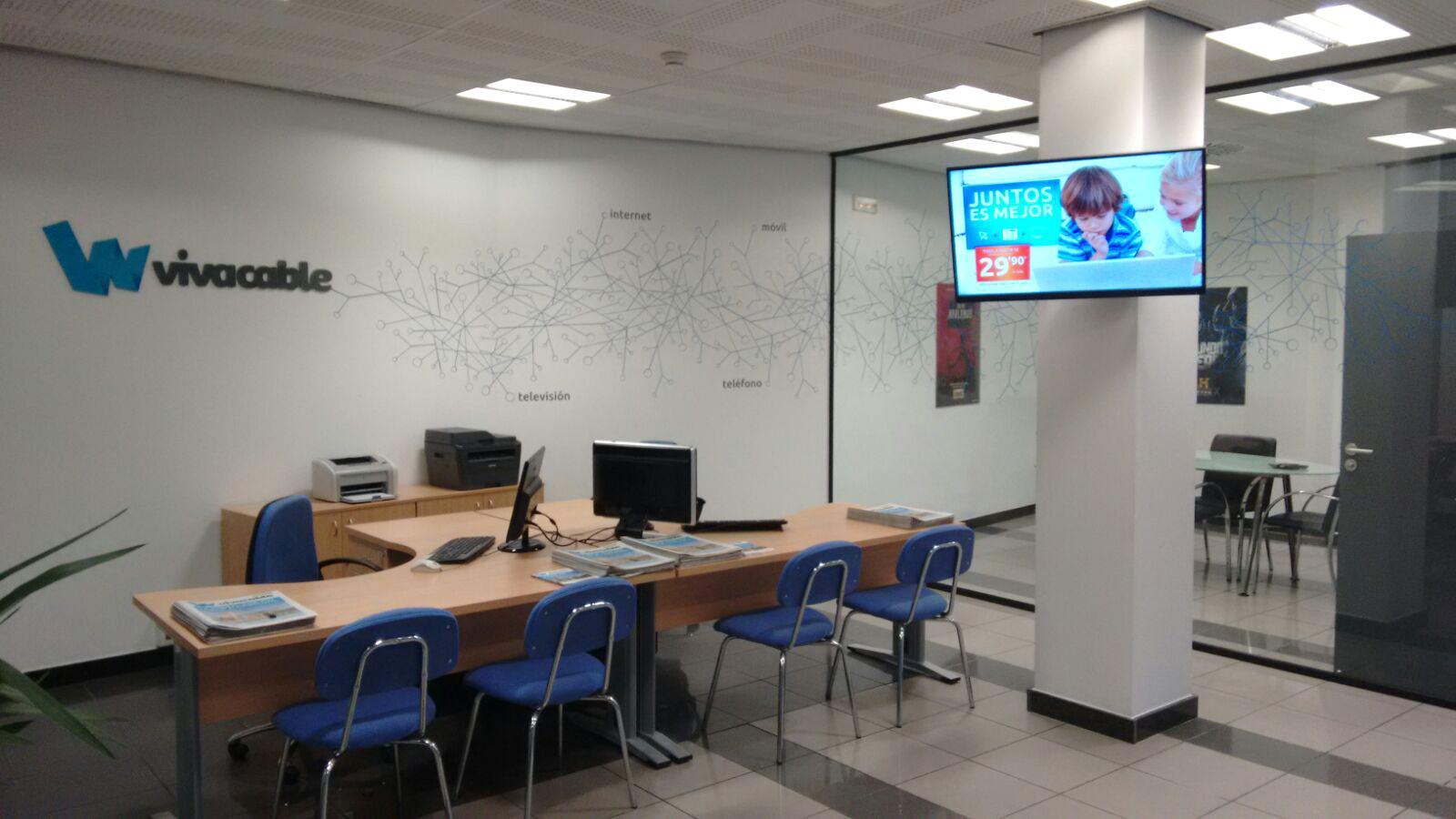 Vivacable abre este lunes su oficina en carmona for Oficina turismo carmona